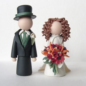 cake-toppers-newlyweds-custom-wedding-cake-toppers-wct058 (1)